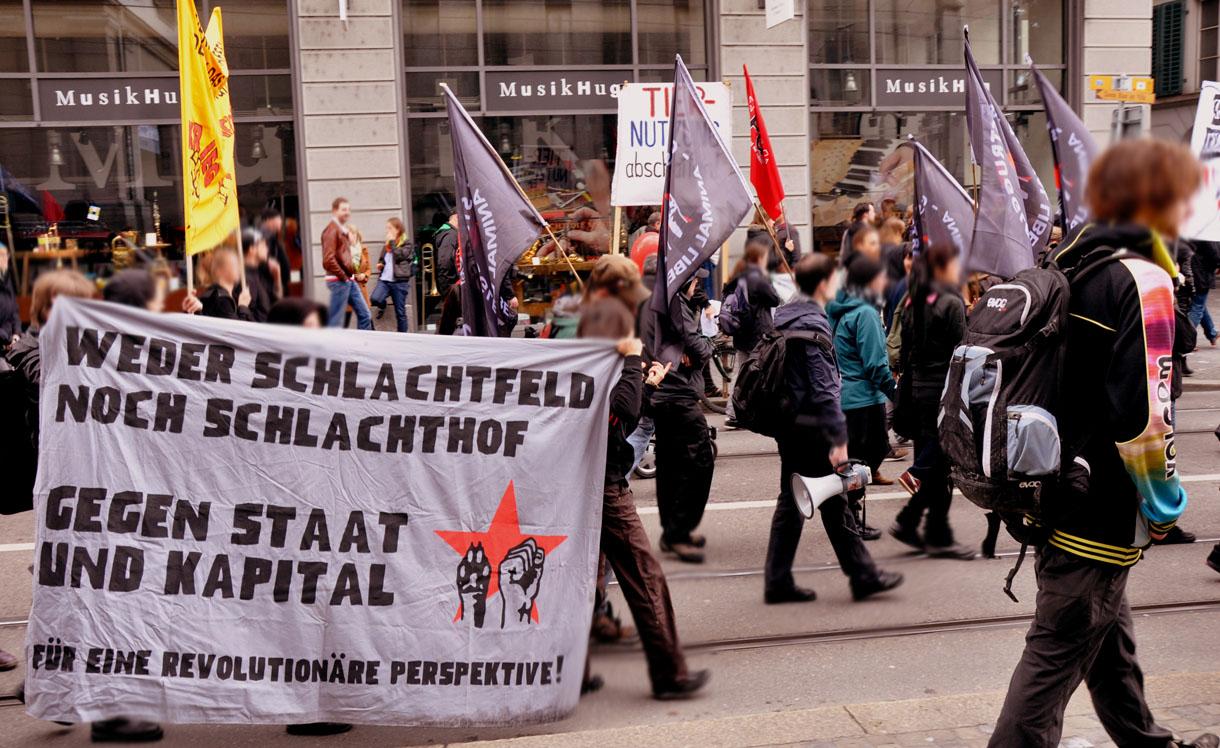 Demo 1 Mai Tierrechtsgruppe Zürich