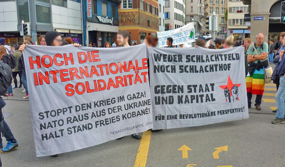 Demo gegen militärische Interventionen