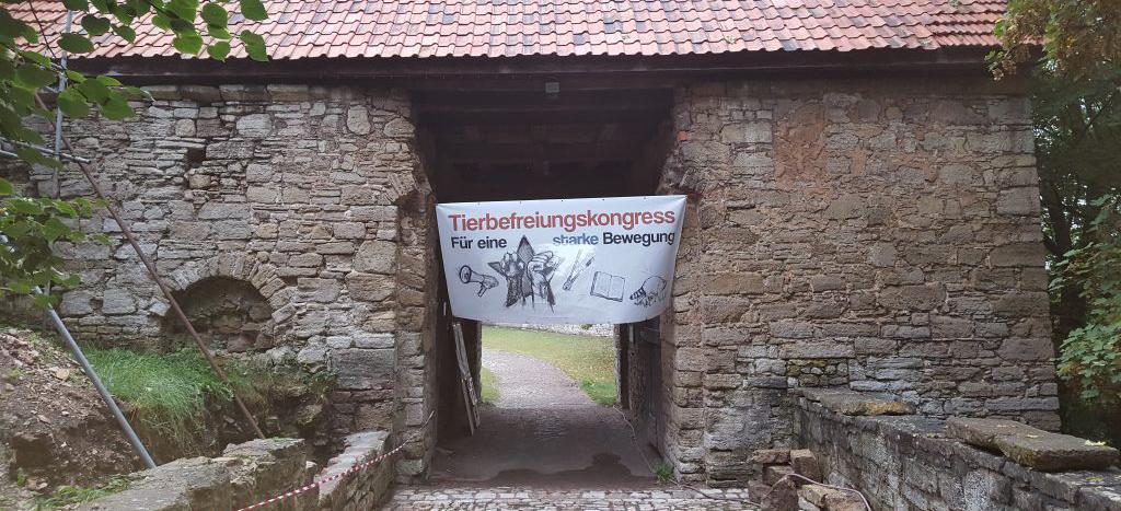Tierbefreiungskongress 2016 Burg Lohra TBK 2016 Bündnis Marxismus und Tierbefreiung